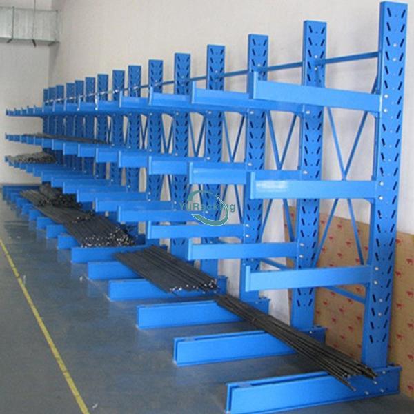 Rafturi Metalice pentru depozitare profile in spatii industriale